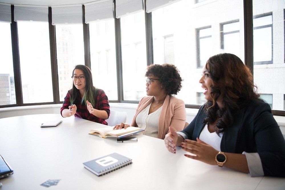 Speaking out in meetings